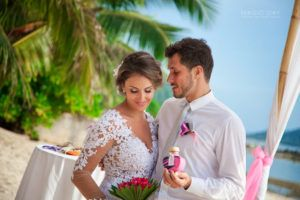 Wedding photographer on Koh Samui Thailand
